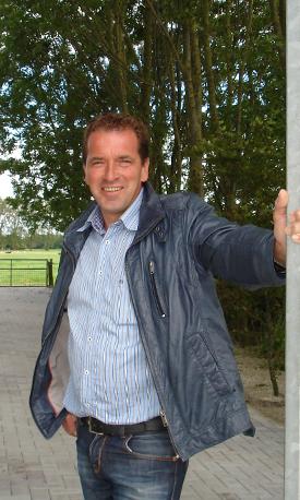 Frank Moes - Bestratingen Groningen Aduard